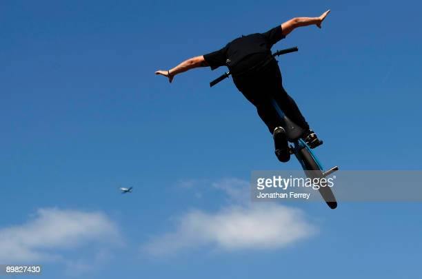Garrett Reynolds rides in the BMX PARK finals during day 3 of the Wendy's Invitational Dew Action Sports Tour on August 16 2009 at the Rose Garden in...