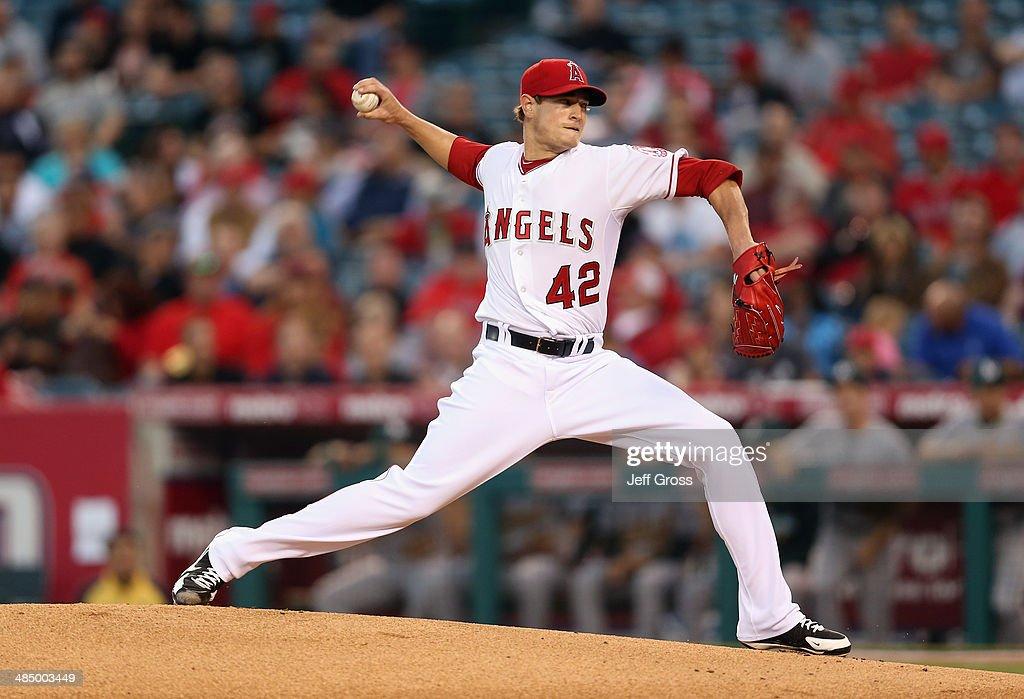Oakland Athletics v Los Angeles Angels of Anaheim : News Photo