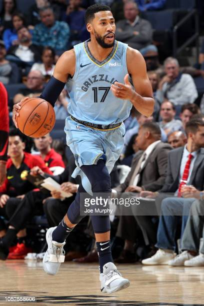 Garrett Temple of the Memphis Grizzlies handles the ball against the Atlanta Hawks during a game on October 19 2018 at FedExForum in Memphis...