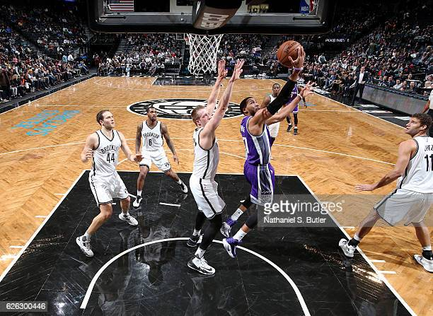 Garrett Temple of the Sacramento Kings drives to the basket against the Brooklyn Nets on November 27 2016 at Barclays Center in Brooklyn NY NOTE TO...