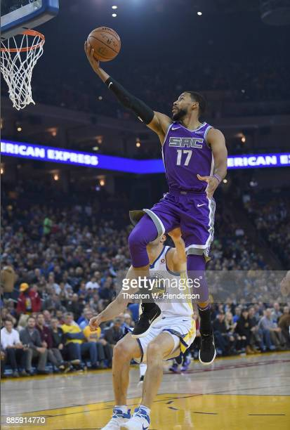 Garrett Temple of the Sacramento Kings goes up for a layup against the Golden State Warriors during their NBA basketball game at ORACLE Arena on...