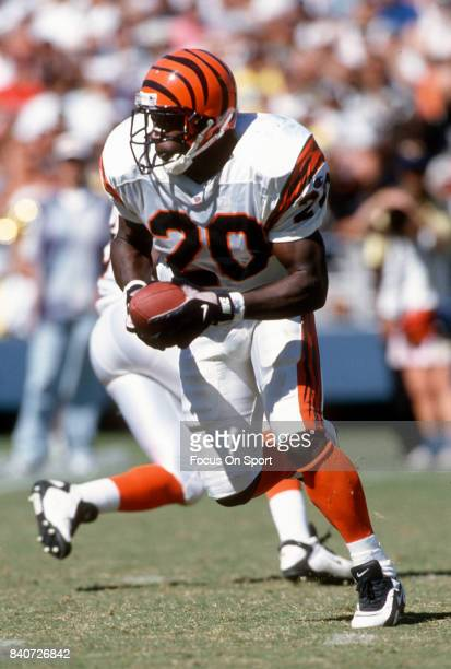 Garrison Hearst of the Cincinnati Bengals carries the ball against the San Diego Chargers during an NFL football game September 8 1996 at Jack Murphy...