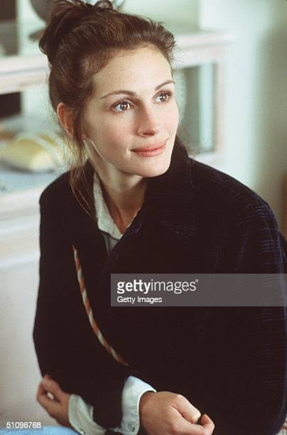 "Garry Marshall's Newest Romantic Comedy, ""Runaway Bride."" Julia Roberts Plays Maggie Carpenter Who Everybody Calls The Runaway Bride."