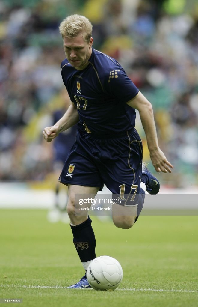 Garry O'Connor of Scotland in action during the Euro 2008 Qualifying Group B match between Scotland and Faroe Islands at Celtic Park on September 2, 2006 in Glasgow, Scotland