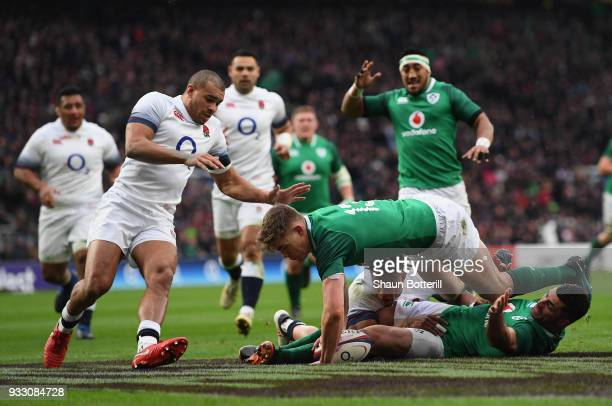 Garry Ringrose of Ireland touches down for the first try during NatWest Six Nations match between England and Ireland at Twickenham Stadium on March...