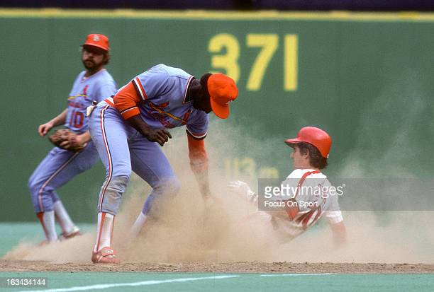 Garry Templeton of the St Louis Cardinals puts the tag on Larry Bowa of Philadelphia Phillies during an Major League Baseball game circa 1978 at...