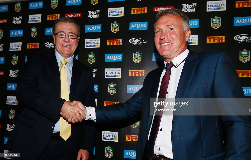 Garth Brennan shakes hands with CEO Graham Annesley after being announced as the new Gold Coast Titans NRL coach at Titans Centre of Excellence on October 19, 2017 in Gold Coast, Australia.
