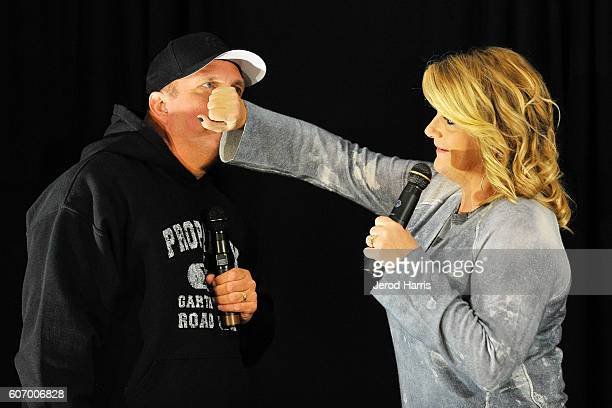 Garth Brooks and Trisha Yearwood PreConcert Press Conference at Honda Center on September 16 2016 in Anaheim California