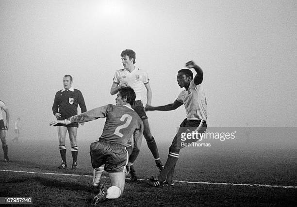 Garth Crooks scores for England Under21s against Bulgaria watched by Garry Birtles in an International match played at Filbert Street in Leicester on...