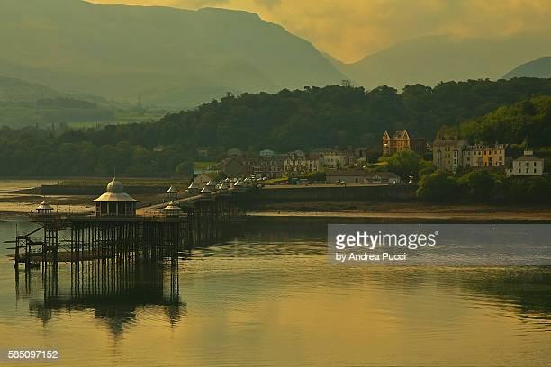 garth pier, bangor, gwynedd, wales, united kingdom - menai straits stock pictures, royalty-free photos & images