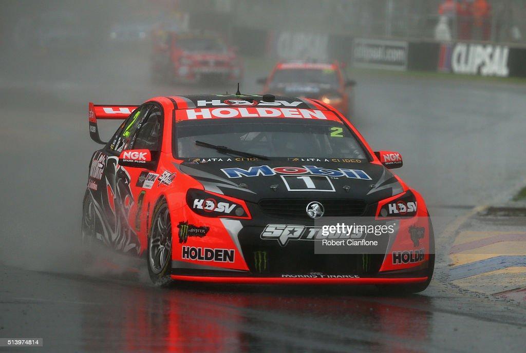 V8 Supercars Clipsal 500 - Qualifying & Race 3 : News Photo