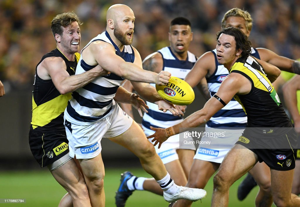 2nd AFL Preliminary Final - Richmond v Geelong : News Photo