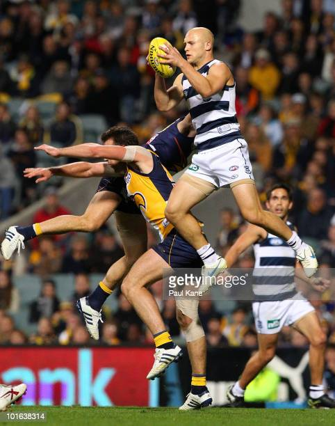 Gary Ablett of the Cats marks the ball during the round 11 AFL match between the West Coast Eagles and the Geelong Cats at Subiaco Oval on June 5...
