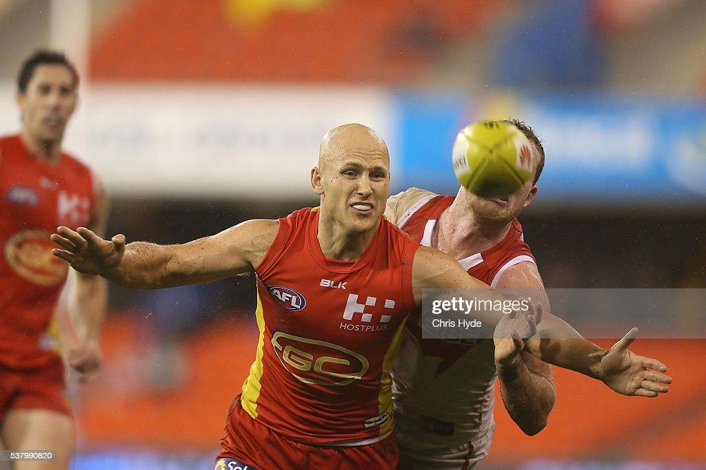 AFL Rd 11 - Gold Coast v Sydney