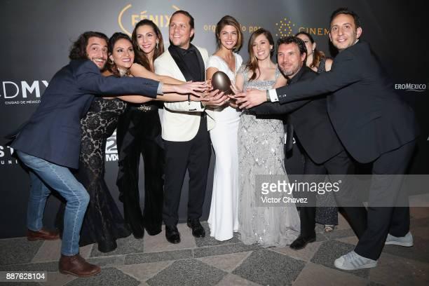 Gary Alazraki Stephanie Cayo Mariana Trevino Leonardo Zimbron and guests attend the the Premio Iberoamericano De Cine Fenix 2017 press room at Teatro...