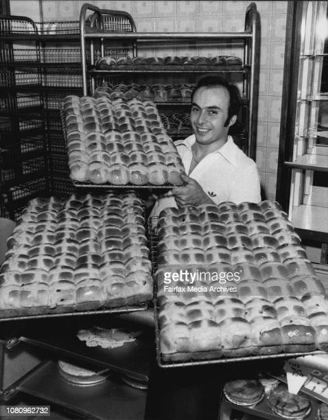 Gary Ashworth with racks of freshly baked bunsGary Ashworth of Bowes BakeInn at the Wynyard ramp was busy early this morning baking dozens of dozens...