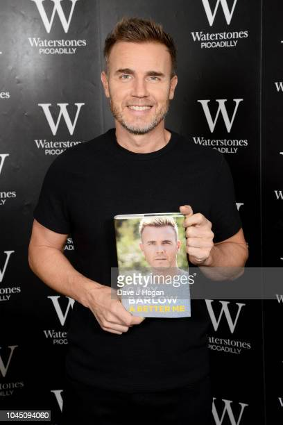 Gary Barlow attends his book signing, 'A Better Me', at Waterstones Piccadilly on October 3, 2018 in London, England.