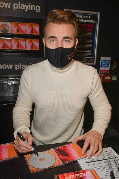 GBR: Gary Barlow Album Signing