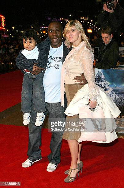 Gary Beadle and family during The Polar Express London Premiere Arrivals at Vue Cinema Leicester Square in London Great Britain