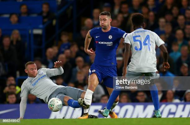 Gary Cahill of Chelsea and Wayne Rooney of Everton in action during the Carabao Cup Fourth Round match between Chelsea and Everton at Stamford Bridge...