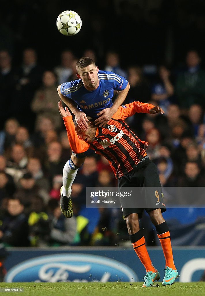 Gary Cahill of Chelsea wins a header against Luiz Adriano of Shakhtar Donetsk during the UEFA Champions League Group E match between Chelsea and Shakhtar Donetsk at Stamford Bridge on November 7, 2012 in London, England.