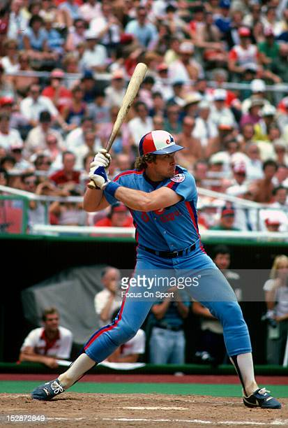 Gary Carter of the Montreal Expos bats against the Philadelphia Phillies during an Major League Baseball game circa 1982 at Veterans Stadium in...