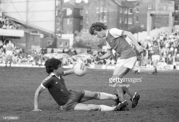 Gary Chivers of Chelsea challenges Graham Rix of Arsenal during the Football League Division One match between Chelsea and Arsenal held on May 14...