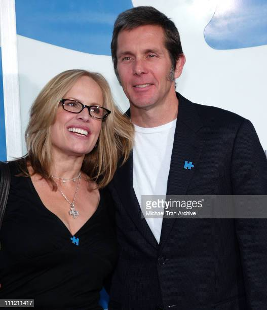 Gary Cole and Teddi Cole during Jerry Seinfeld and Paul Simon To Perform 'One Night Only A Concert for Autism Speaks' Arrivals at Kodak Theater in...