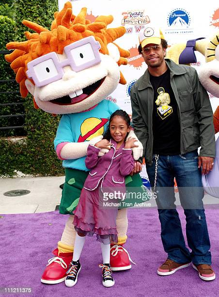 Gary Dourdan and daughter Skyla during Nickelodeon Presents Fairypalooza Premiere for Rugrats Tales From The Crib Snow White Arrivals at Nickelodeon...