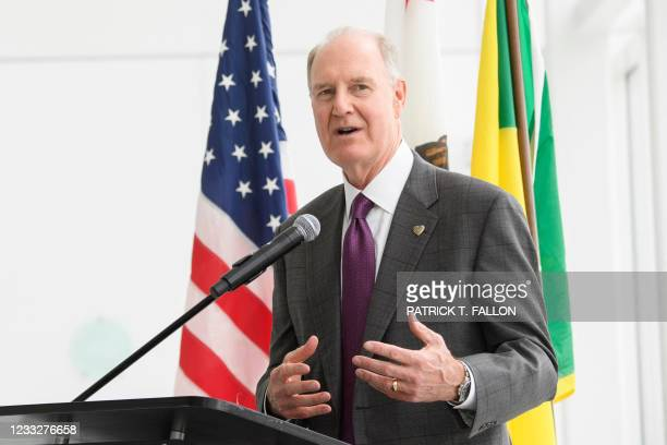 Gary Kelly, chief executive officer of Southwest Airlines Co., speaks during the opening of the Terminal 1 expansion at Los Angeles International...