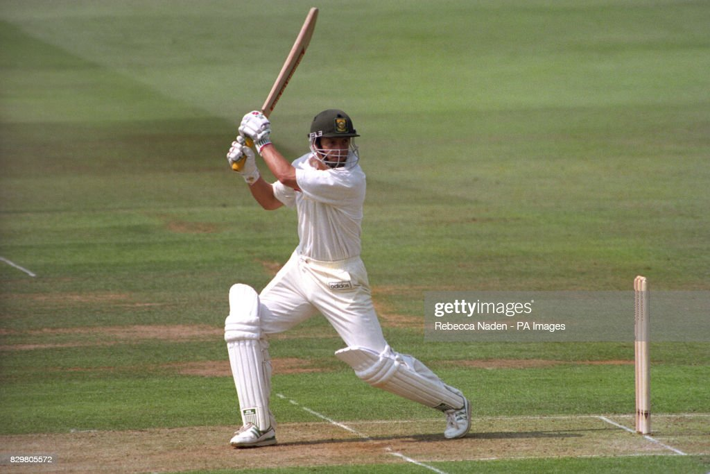 Cricket - South Africa in the British Isles 1994 - England v South Africa - 1st Test - Day One - Lord's : News Photo