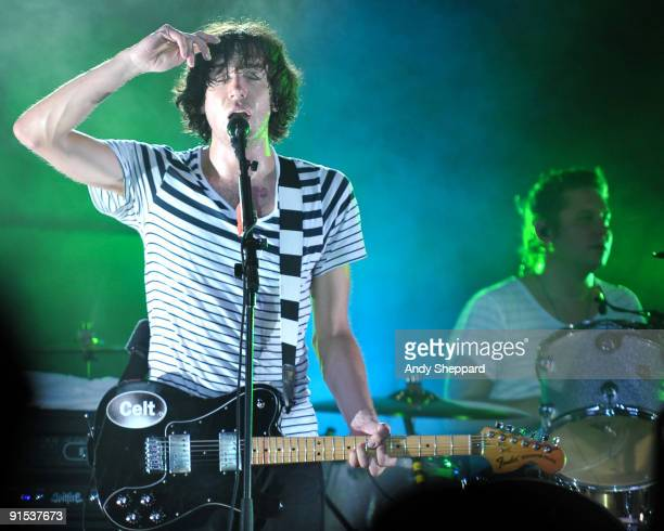 Gary Lightbody and Jonny Quinn of Snow Patrol perform on stage at Stubbs Ampitheatre on October 6, 2009 in Austin, Texas.