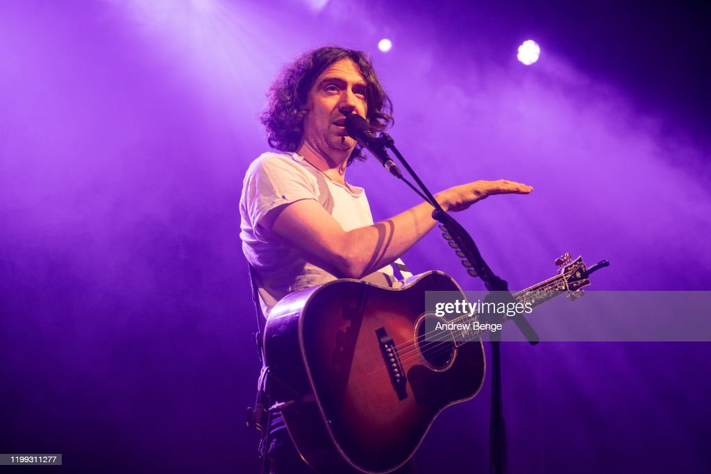 Snow Patrol Perform At O2 Academy Leeds : Nieuwsfoto's