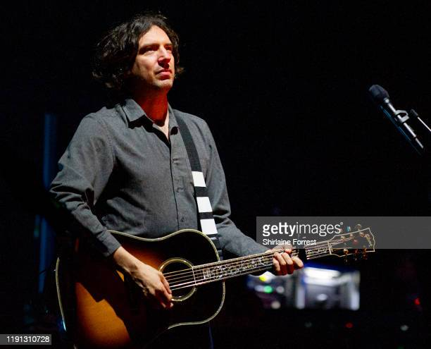 Gary Lightbody of Snow Patrol performs at O2 Apollo Manchester on December 01, 2019 in Manchester, England.