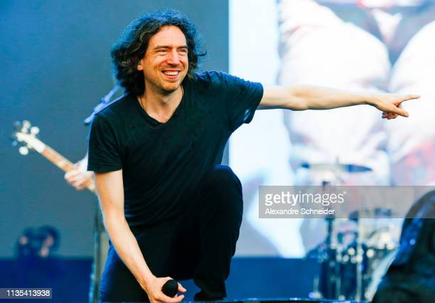 Gary Lightbody of Snow Patrol performs during day 2 of Lollapalooza Sao Paulo 2019 Day 2 on April 06 2019 in Sao Paulo Brazil