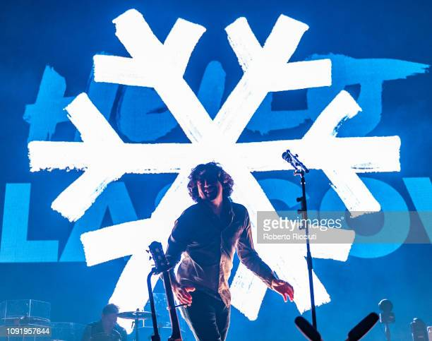 Gary Lightbody of Snow Patrol performs on stage at The SSE Hydro on January 31, 2019 in Glasgow, Scotland.