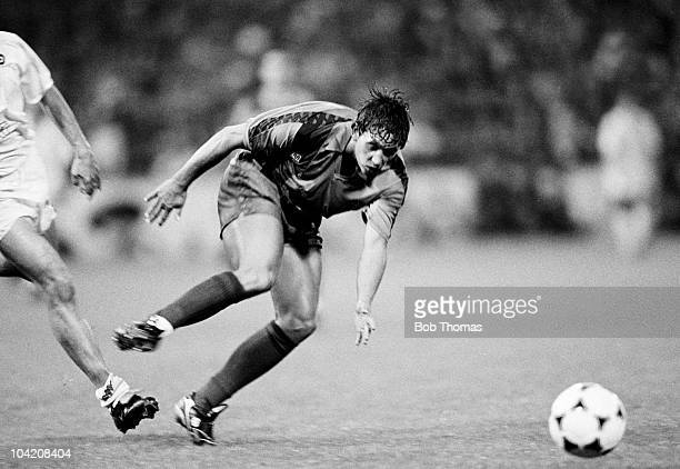 Gary Lineker of Barcelona in action against Sampdoria during the European CupWinners' Cup Final held in Berne Switzerland on 10th May 1989 Barcelona...