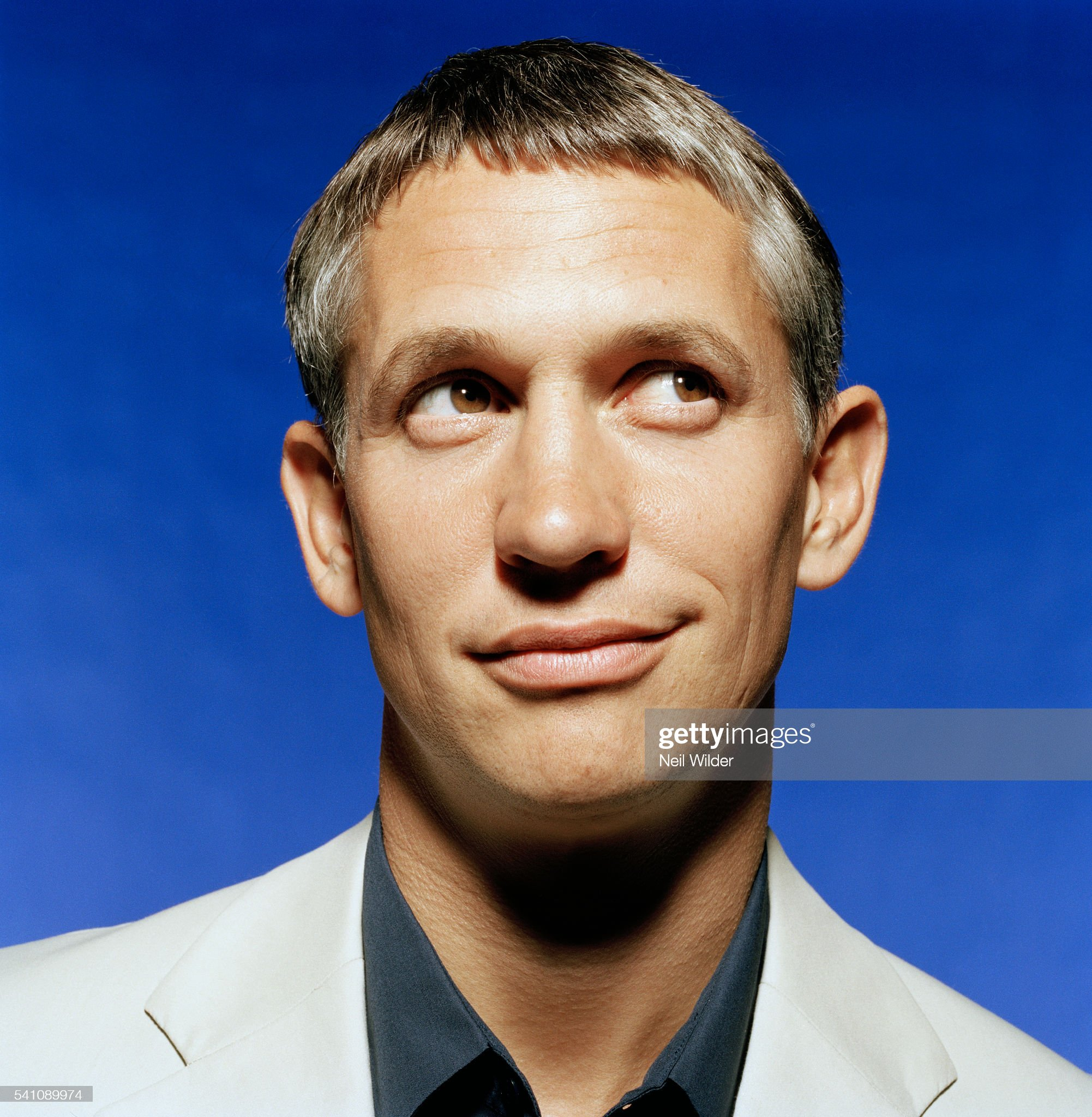 ¿Cuánto mide Gary Lineker? - Altura - Real height Gary-lineker-picture-id541089974?s=2048x2048