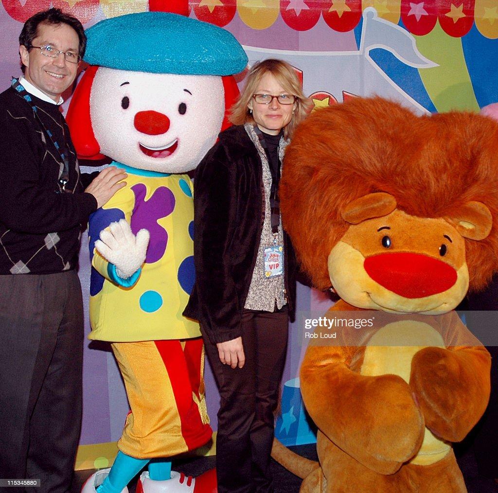 """JoJo's Circus"" Balloon Inflation Party - November 23, 2005"