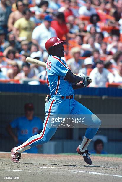 Gary Matthews of the Philadelphia Phillies bats against the New York Mets during an Major League Baseball game circa 1981 at Shea Stadium in the...