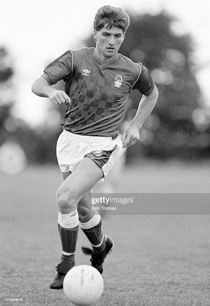 Gary Mills of Nottingham Forest in action against Westway Daihatsu Central Combination during a football match held in Northampton on 17th August 1986. Nottingham Forest won 7-0. (Bob Thomas/Getty Images).