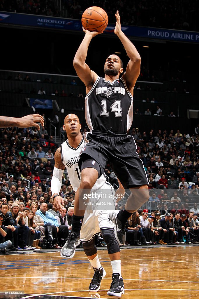 Gary Neal #14 of the San Antonio Spurs shoots in the lane against the Brooklyn Nets on February 10, 2013 at the Barclays Center in the Brooklyn borough of New York City.