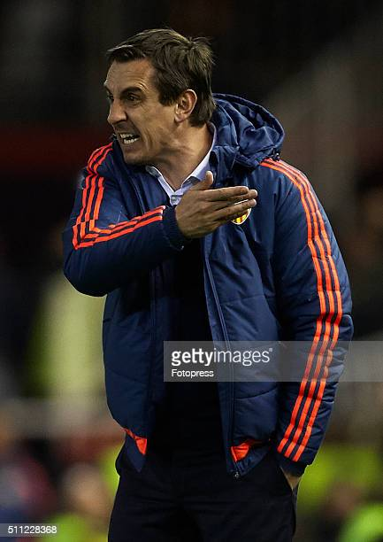 Gary Neville manager of Valencia CF reacts during the UEFA Europa League round of 32 first leg match between Valencia CF and Rapid Vienna at Estadi...