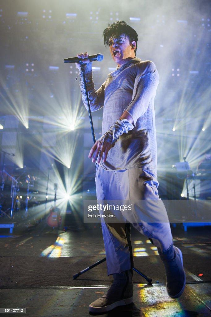 Gary Numan Performs At Brixton Academy : News Photo