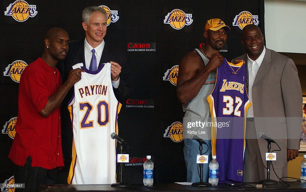 Lakers Announce Signing of Karl Malone and Gary Payton.