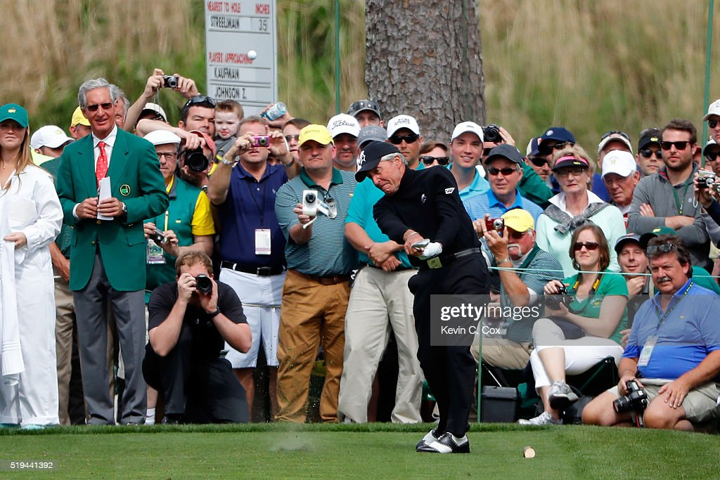 Gary Player hits a hole in one on the seventh hole during the Par 3 Contest prior to the start of the 2016 Masters Tournament at Augusta National Golf Club on April 6, 2016 in Augusta, Georgia.