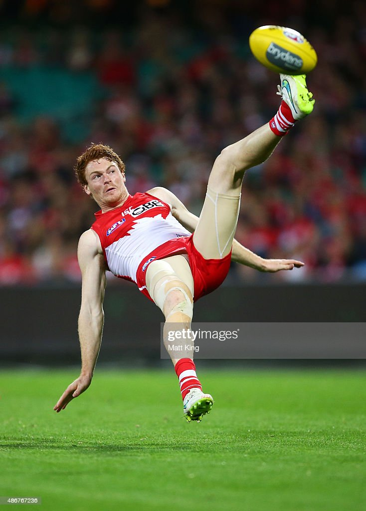 Gary Rohan of the Swans attempts a mark during the round 23 AFL match between the Sydney Swans and the Gold Coast Suns at Sydney Cricket Ground on September 5, 2015 in Sydney, Australia.