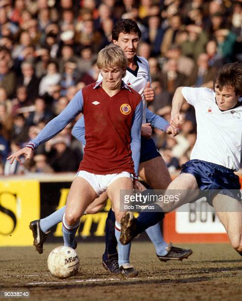 Gary Shaw of Aston Villa during the Aston Villa v Derby County Division 1 match played at Villa Park on the 30th December 1989