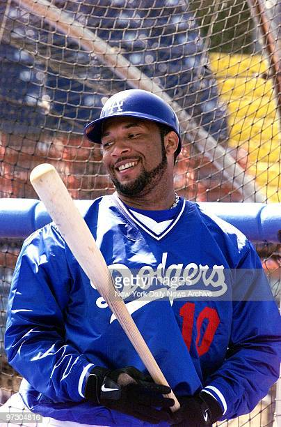 Gary Sheffield in the batting cage at Los Angeles Dodgers' spring training camp