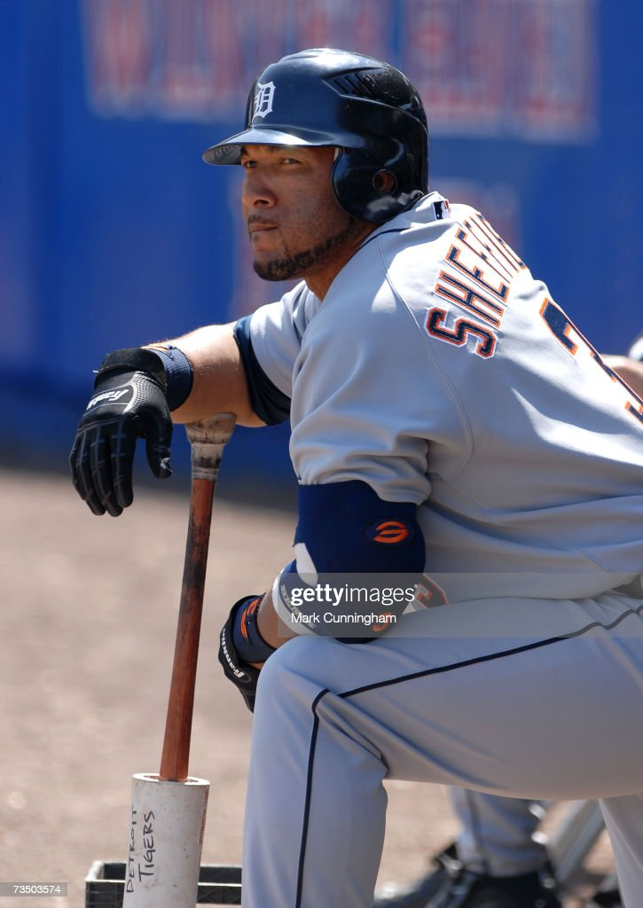 Gary Sheffield of the Detroit Tigers bats during the game against the Cleveland Indians at Chain O' Lakes Park in Winter Haven, Florida on March 4, 2007. The Tigers defeated the Indians 7-4.